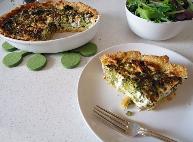 Brokkoli-Feta-Pie