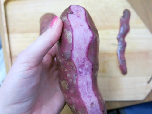 Grüner-Spargel-mit-violetten-Erdäpfeln-1