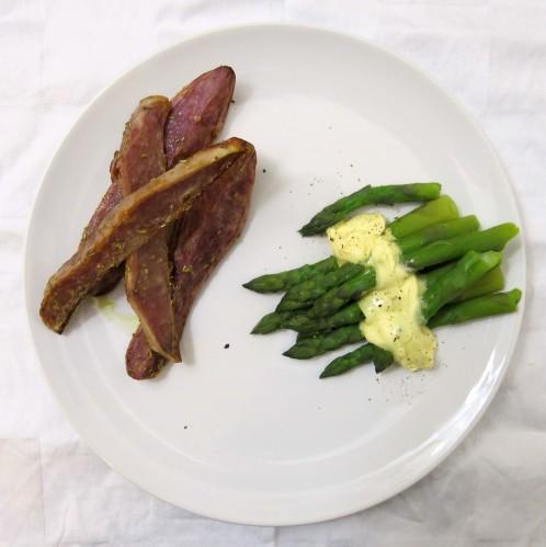 Grüner-Spargel-mit-violetten-Erdäpfeln-2