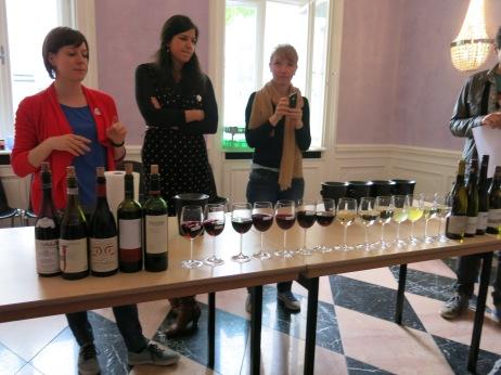"""Wein-Sensorik erklärt von Sarah """"Satt"""""""